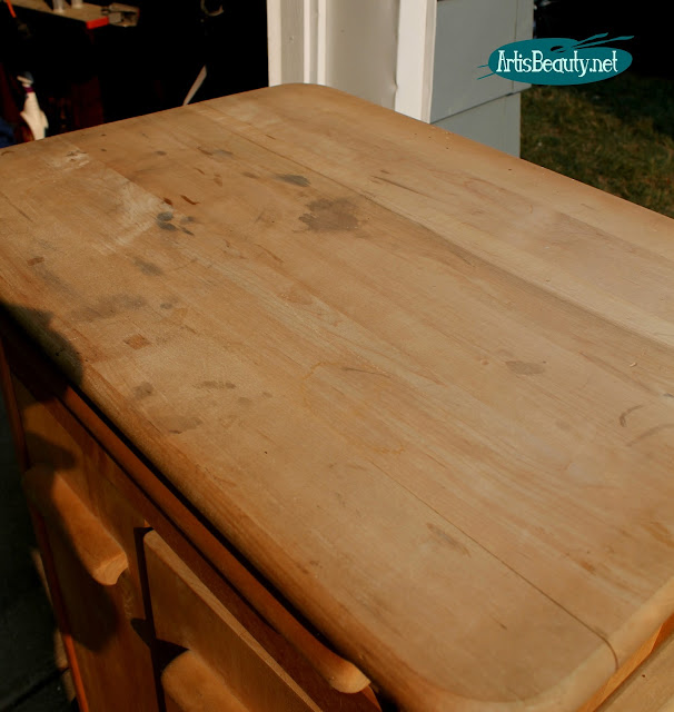 BUTCHER BLOCK ROLLING CART MAKEOVER FARMHOUSE STYLE DIY SANDING FINISHING