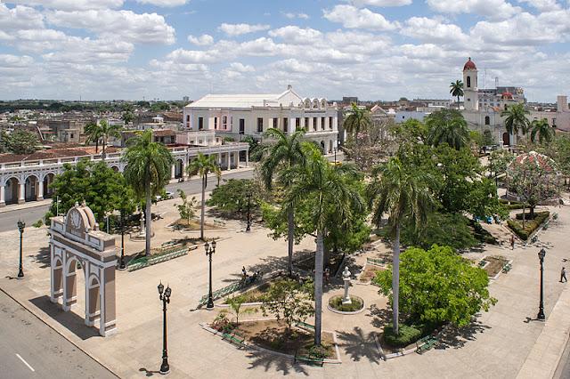 Le parc José Martí vu depuis la coupole du Palacio de Ferrer