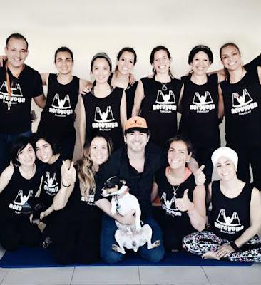 yoga aerien, aeroyoga, aérien, yoga, pilates, fitness, remise en forme, santé, bienetre, stage, stage yoga, formation yoga aérien
