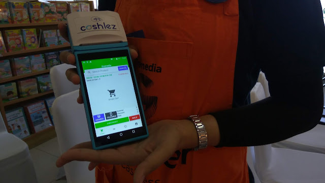 Mesin Cashlez bisa untuk pembayaran menggunakan debit, kartu kredit, dan QR Payment aplikasi (dok.windhu)