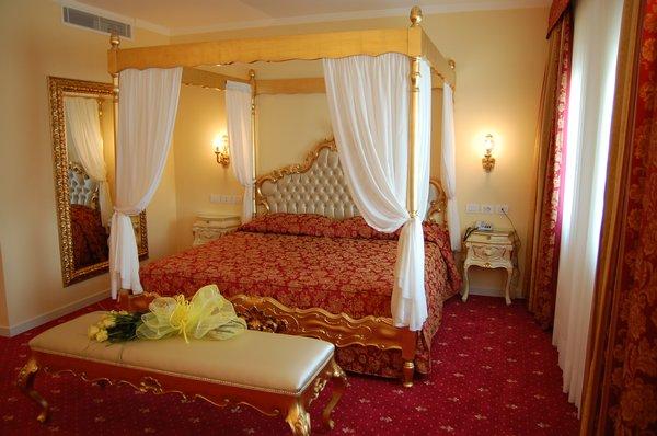 I motel dell 39 amore for Case con due master suite