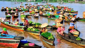 pasar-terapung,www.frankydaniel.com