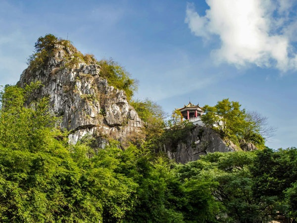เขาฝูโปว (Fubo Hill: 伏波山) @ www.topchinatravel.com