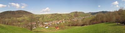 anorama na dolinę Łomniczanki w kierunku północno-zachodnim
