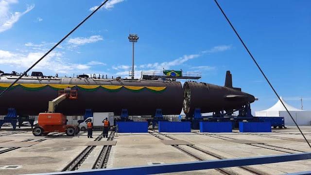 Ceremonia de integración del Casco del Submarino Scorpene BR Tonelero S-42