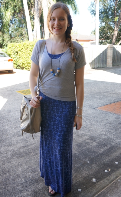 grey tee knotted over a blue printed jersey maxi dress RM MAM Bag | away from the blue