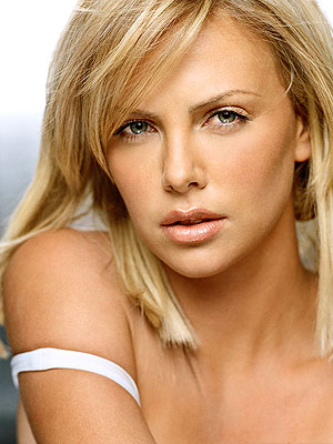 Elle Gets Charlize Theron To Reveal Her Beauty Secrets Mythirtyspot