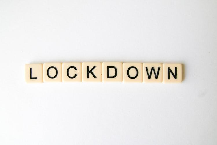 Saat Lockdown #DiRumahAja Kalian Ngapain ?