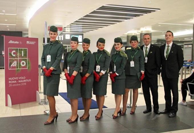 Alitalia dà l'addio con il volo Cagliari-Roma