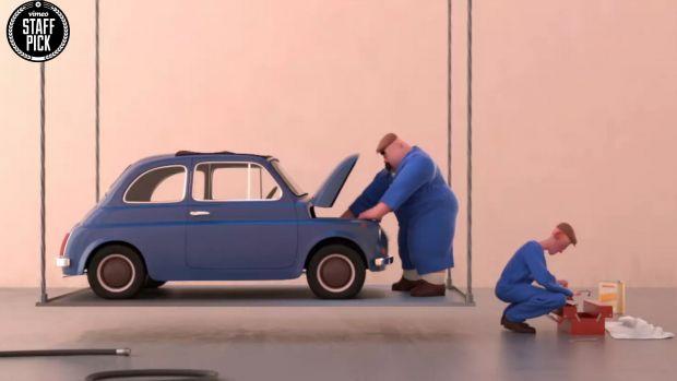 Δύο επισκευαστές Fiat μέσα σε δυο λεπτά έστειλαν για παλιοσίδερα ένα Fiat Nuova 500.... (βίντεο)