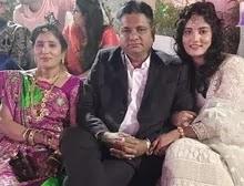 हार्दिका जोशी अपने माता पिता के साथ | hardika joshi with her parents