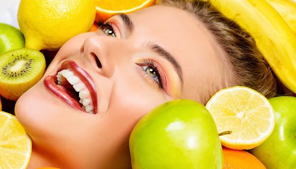 الأطعمة التي تمنع البثور على الوجه