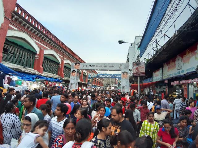 over tourism, effect of overtourism, hog market, dharmatala market, esplanade market