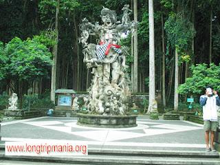 Tempat Wisata Alas Pala Sangeh Badung Bali
