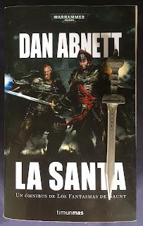 Portada del libro La Santa, ómnibus de Dan Abnett