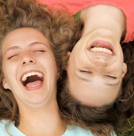 كيفية التعامل مع سن المراهقة للبنات والتعامل مع مشاكل البنات وحلها