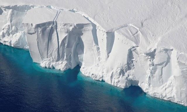 Ανταρκτική: Ανησυχία επιστημόνων για τον «Παγετώνα της Αποκάλυψης»