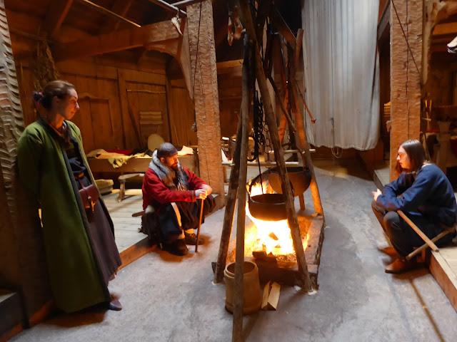Borg, îles Lofoten La maison des vikings : repos au coin du feu