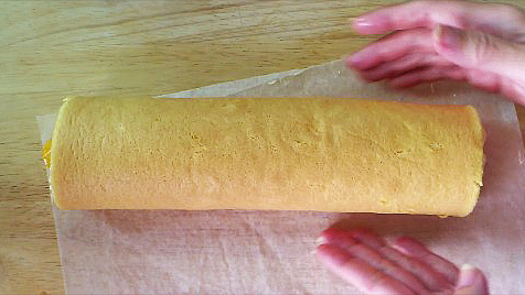 rolling vanilla swiss roll