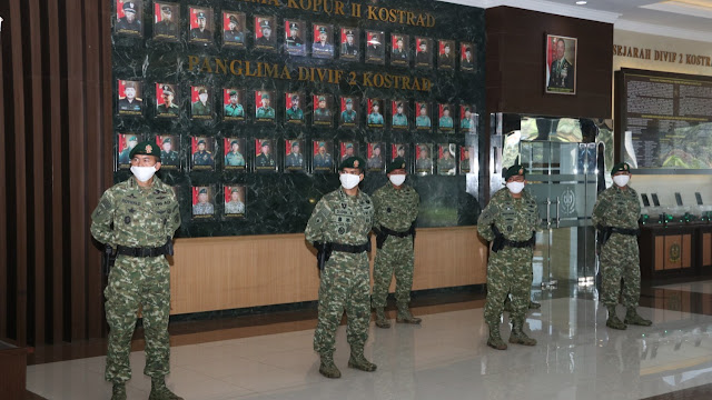Pangdivif 2 Kostrad Pimpin Acara Laporan Korps Serah Terima Jabatan Kasdivif 2 Kostrad dan Penerimaan Ir Divif 2 Kostrad