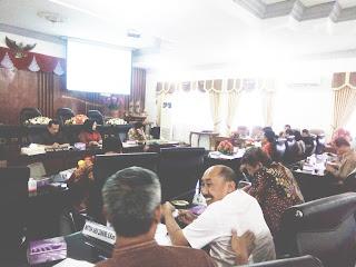 Diwaduli Warga yang Terganjal PPDB Jalur Zonasi, Begini Curhat Anggota Dewan Saat Hearing dengan Dindik