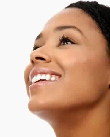 5 عادات يومية تضمن لك بشرة رائعة