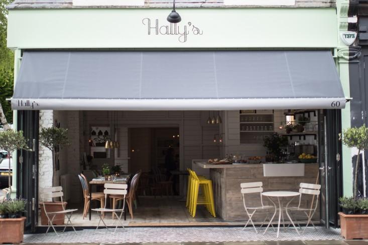 Hallys Restaurant London