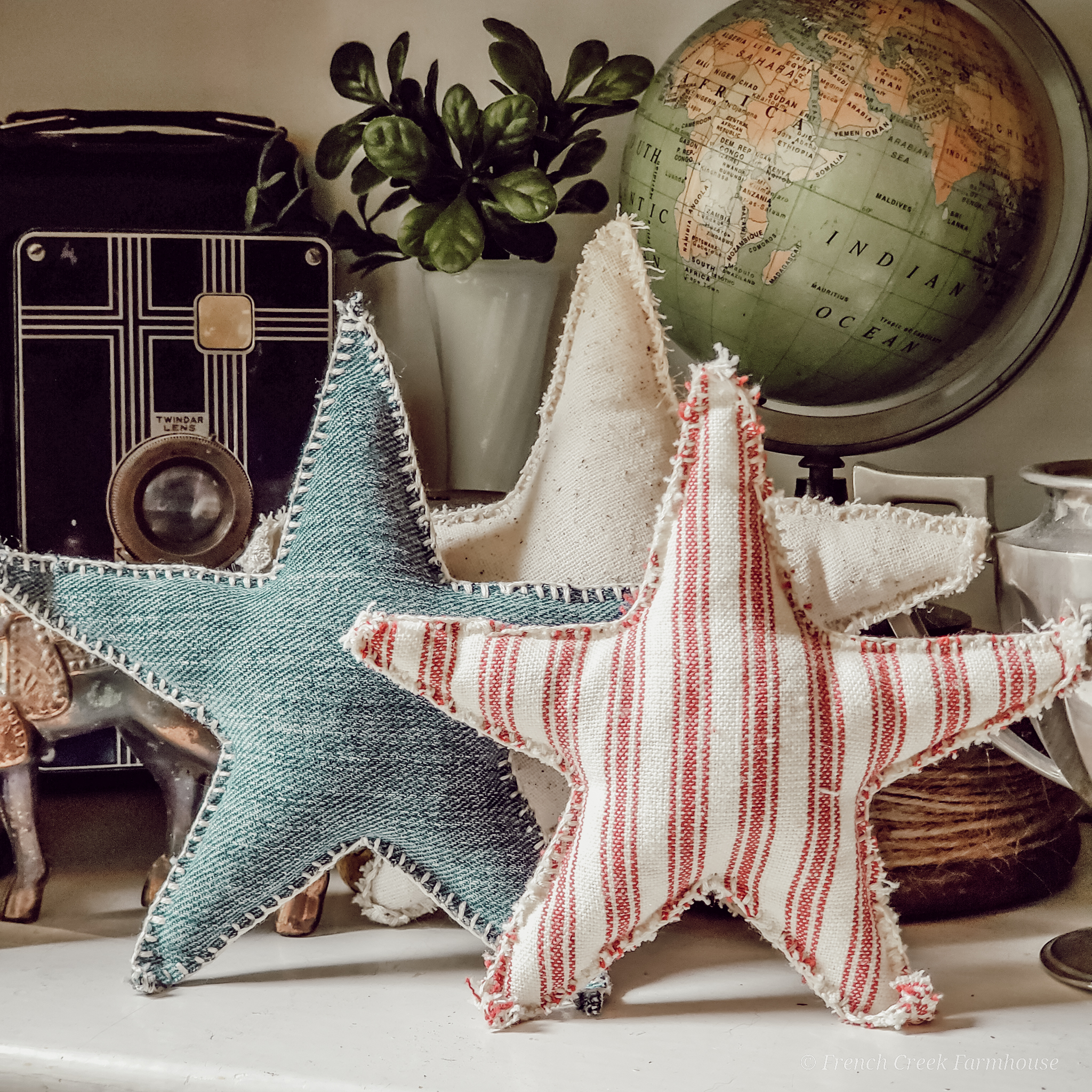 Use this tutorial and free pattern to make an easy craft