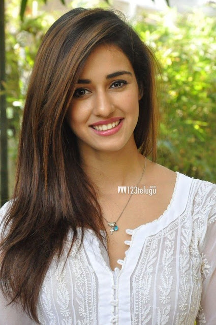 Disha Patani Hot Post