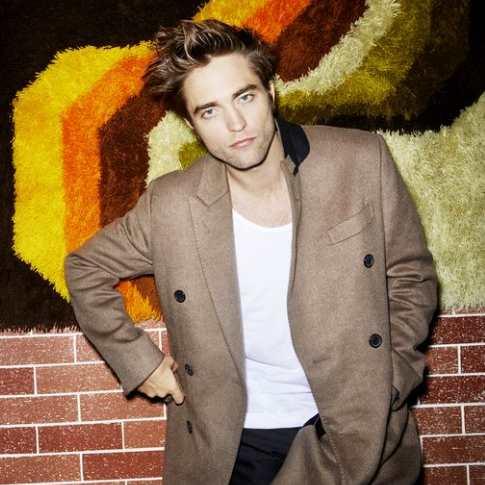 Berikut merupakan Look Better Pada Batman Saman Robert Pattinson Baru