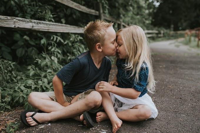 Boy kiss girl | HD Stock Image Free Download