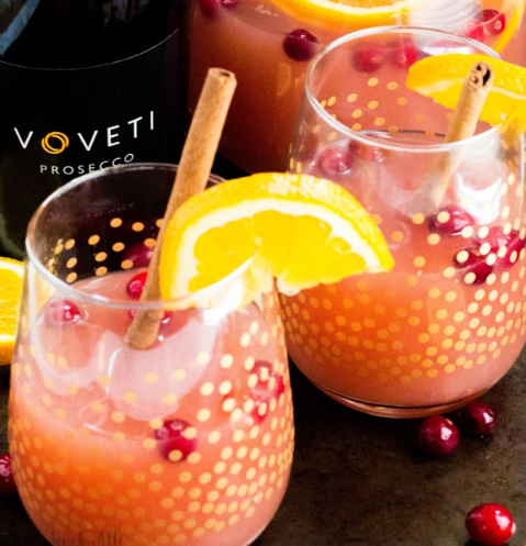 CRANBERRY ORANGE MIMOSAS #healthydrink #cranberry