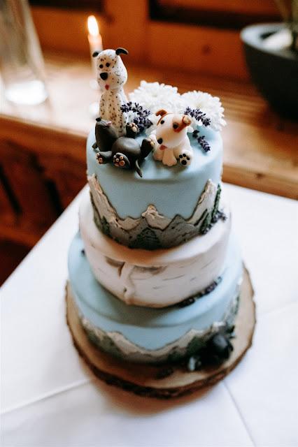 wedding cake, Mountain wedding, Berghochzeit, destination wedding Bavaria, Wallgau, photo credit Magnus Winterholler Gipfelliebe, wedding planner Uschi Glas 4 weddings & events