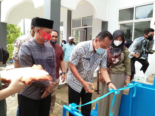 Melalui Program Pamsimas, Warga Desa Kompang Nikmati Air Bersih