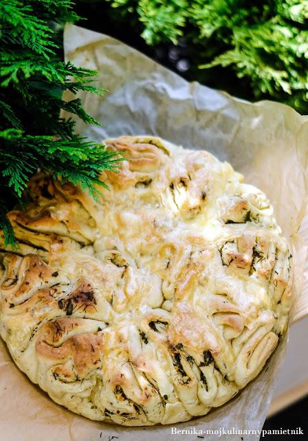 chleb, grill, ziolowy,chleb rwany, bernika, kulinarny pamietnik, impreza