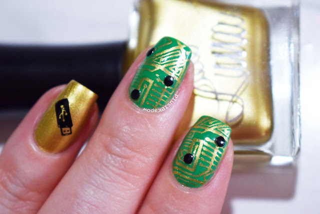 Lina Love Beads Gold stamping polish swatch Nail Artisan