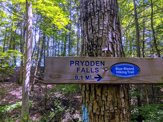 Prydden Falls signage blue trail Paugussett State Forest