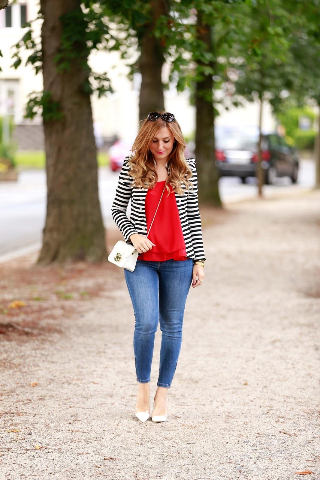 Blogger-Fashionblog-Outfit-Modeblog-München-deutsche-Fashionblogger-Off-Shoulder-Carmen-Top-Forever-21-schwarz-weißer-blazer-Deutschland-Zara