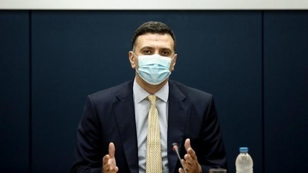 Τα κρούσματα πληθαίνουν, τα νοσοκομεία «ασφυκτιούν» και η κυβέρνηση αρνείται να… αγγίξει τους ιδιώτες