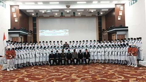 Pengukuhan Paskibra Kabupaten Pesisir Selatan 2021