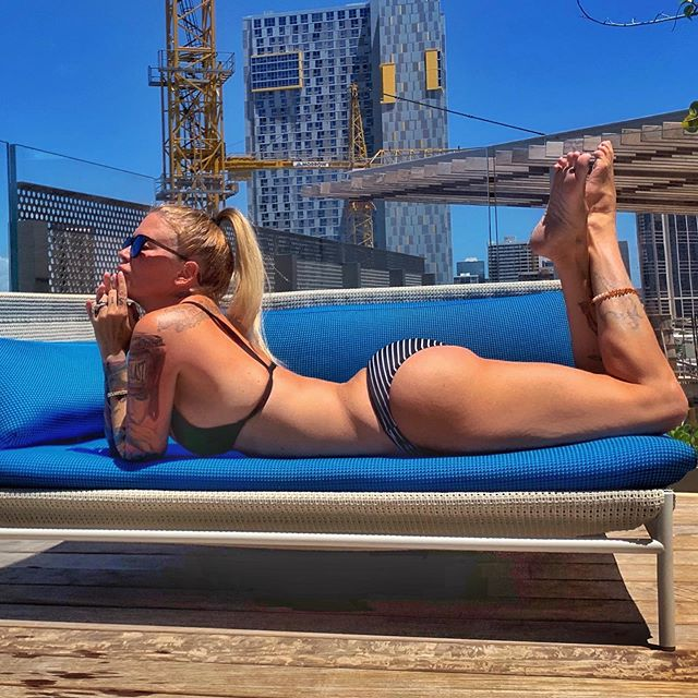 Jenna Jameson Hot & Sexy Pics