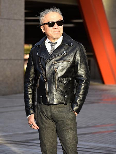 40代メンズのグレー アイテムのコーディネート