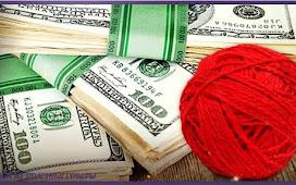 Сделайте денежный амулет из красного клубка ниток с купюрой и КОШЕЛЁК РАСПУХНЕТ от ДЕНЕГ