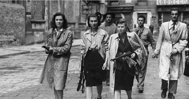Italian partisan women