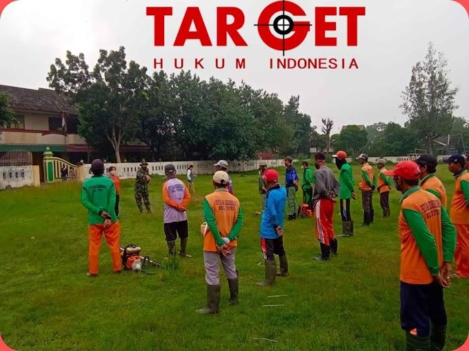 Kerja Bakti Wujud nyata Manunggalnya TNI Dengan Rakyat