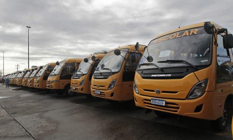 Prefeitura de Jussiape recebe novo ônibus escolar do Governo do Estado