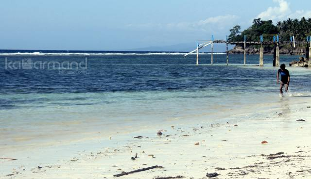 pantai pusat laut