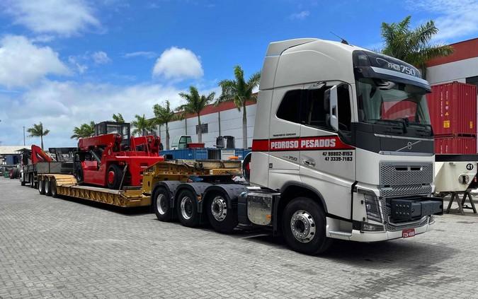 Mais potente do Brasil: Volvo FH 750 8x4 é colocado à venda