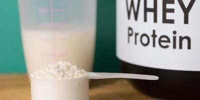ما هو الواى بروتين Whey Protein وفوائده وأضراره ومكوناته