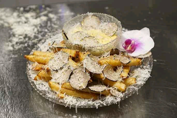 New York restaurant's $200 fries certified as the world's most expensive